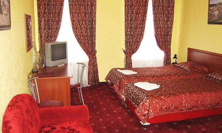 hotel altburg on grecheskiy saint petersburg rh st petersburg hotels net